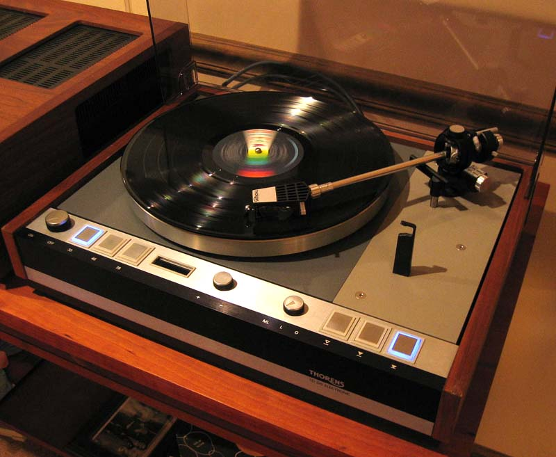 Vintage 70 S Stereo System
